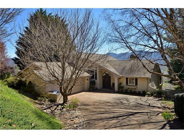 526 Laurel Ridge Drive, Waynesville, NC 28786 (#3162609) :: Mossy Oak Properties Land and Luxury