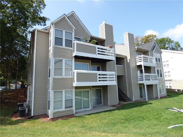 9629 Vinca Circle C, Charlotte, NC 28213 (#3185367) :: Berry Group Realty