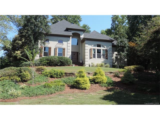 16205 Riverpointe Drive, Charlotte, NC 28278 (#3208987) :: Zanthia Hastings Team