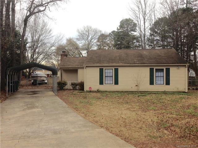 6807 North Ridge Court #43, Charlotte, NC 28215 (#3239542) :: Rinehart Realty