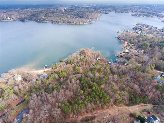 2823 Lake Wylie Drive, Rock Hill, SC 29732 (#3239975) :: Miller Realty Group