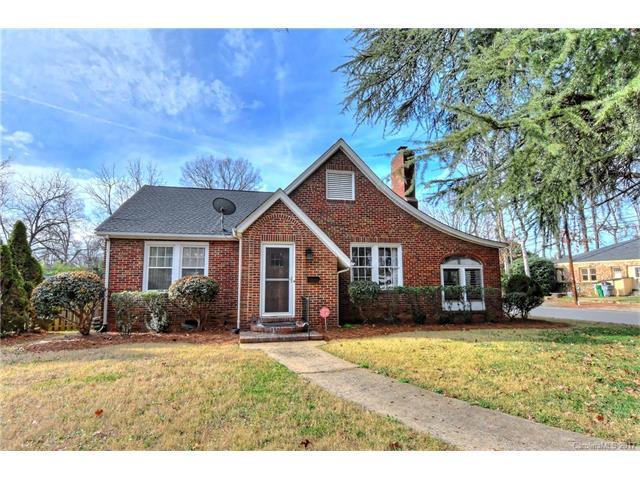 2200 Mcclintock Road, Charlotte, NC 28205 (#3240365) :: Rinehart Realty