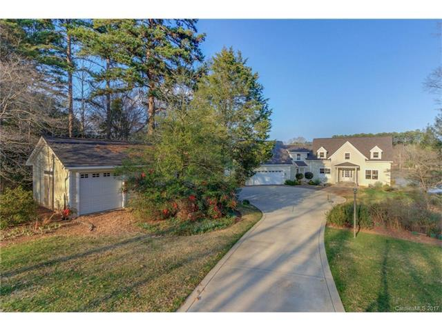 4547 Water Oak Drive, Lake Wylie, SC 29710 (#3250942) :: LePage Johnson Realty Group, LLC