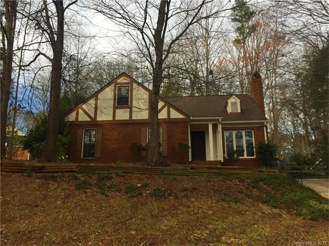 521 Trail Ridge Road, Matthews, NC 28105 (#3252120) :: Rinehart Realty