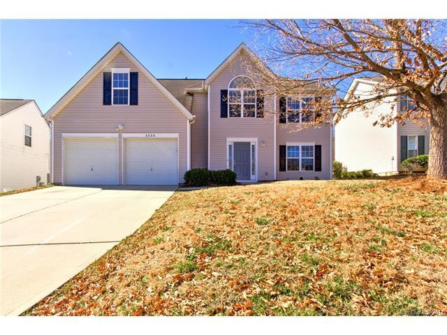 5520 Davis Ridge Drive #83, Charlotte, NC 28269 (#3252211) :: Exit Mountain Realty