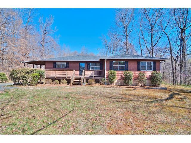 4212 Enoch Drive, Charlotte, NC 28269 (#3261429) :: Rinehart Realty