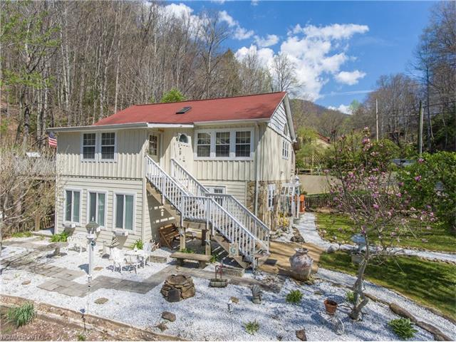 263 Riddle Cove Road, Maggie Valley, NC 28751 (#3272642) :: High Performance Real Estate Advisors