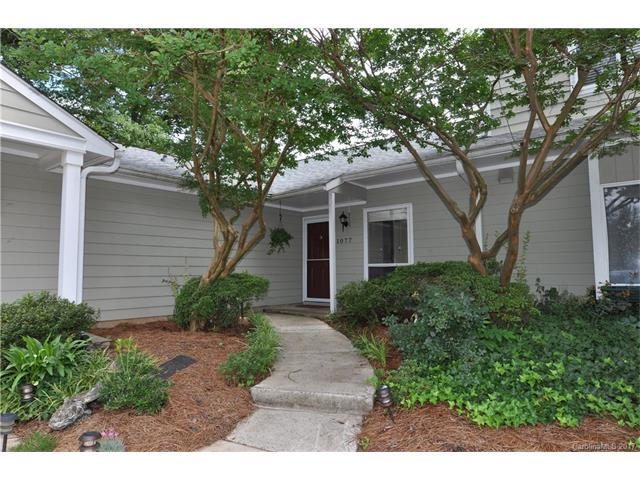 1077 Sardis Cove Drive #1077, Charlotte, NC 28270 (#3272939) :: High Performance Real Estate Advisors