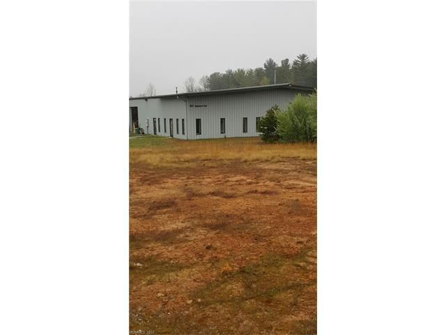 921-2 Upward Road #2, Flat Rock, NC 28731 (#3275908) :: Exit Mountain Realty