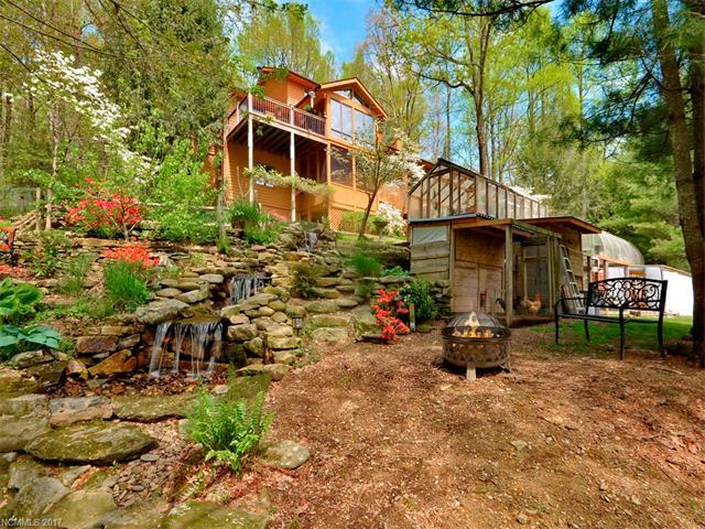 1564 Indian Cave Road, Hendersonville, NC 28739 (#3276590) :: Exit Mountain Realty