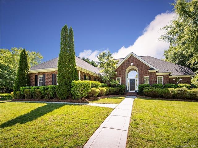 15714 Edenfield Drive, Huntersville, NC 28078 (#3278438) :: Pridemore Properties