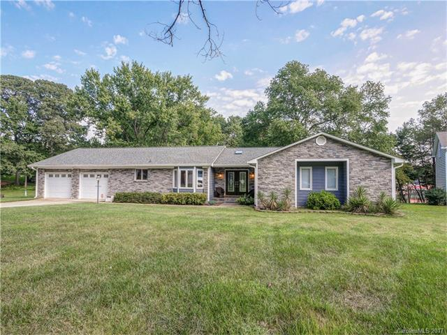 163 Peninsula Drive, Mooresville, NC 28117 (#3280702) :: Exit Mountain Realty