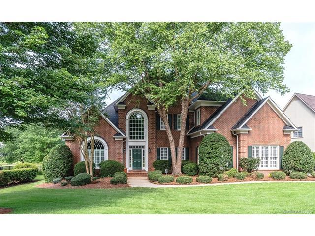 10634 Old Wayside Road, Charlotte, NC 28277 (#3284527) :: The Andy Bovender Team