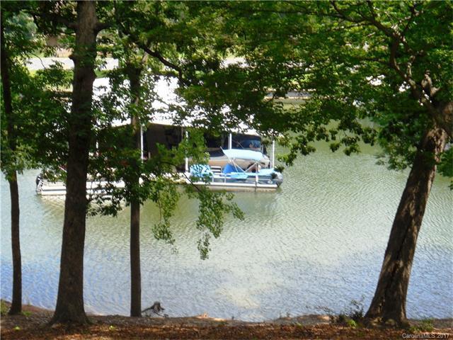 72 Ridgeport Road #72, Lake Wylie, SC 29710 (#3288429) :: SearchCharlotte.com