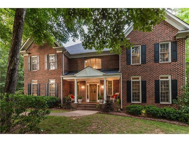 2810 Providence Hills Drive, Charlotte, NC 28211 (#3288969) :: LePage Johnson Realty Group, LLC