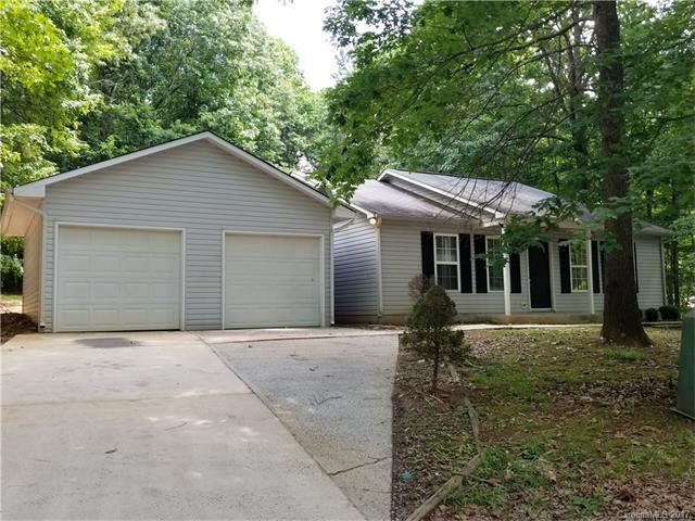 215 Creek View Road, Mooresville, NC 28117 (#3289074) :: LePage Johnson Realty Group, Inc.