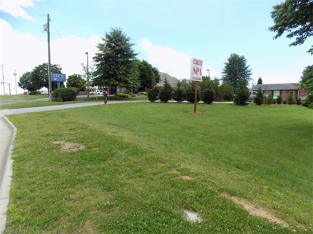 641 Upward Road, Flat Rock, NC 28731 (#3289859) :: Exit Mountain Realty