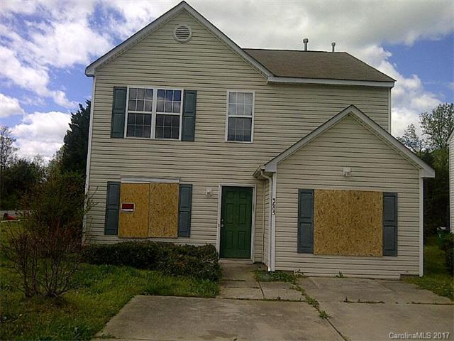 3605 Cindy Park Drive, Charlotte, NC 28216 (#3290345) :: LePage Johnson Realty Group, Inc.