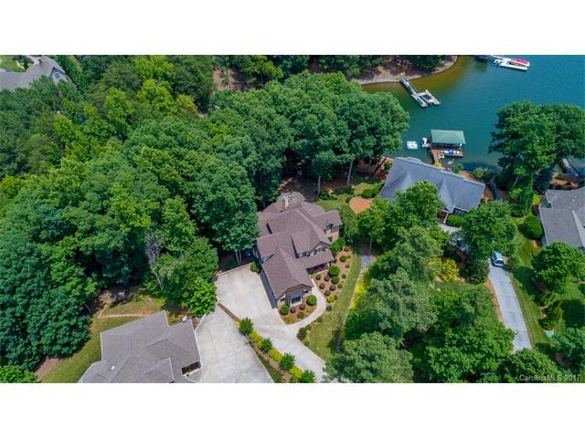 2343 Crofte Drive, Sherrills Ford, NC 28673 (#3290662) :: LePage Johnson Realty Group, Inc.