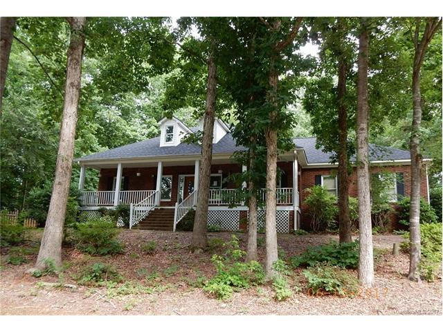 2312 Mill House Lane, Matthews, NC 28104 (#3290773) :: Leigh Brown and Associates with RE/MAX Executive Realty