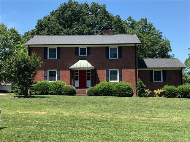 711 N Laurel Street, Lincolnton, NC 28092 (#3291505) :: Cloninger Properties