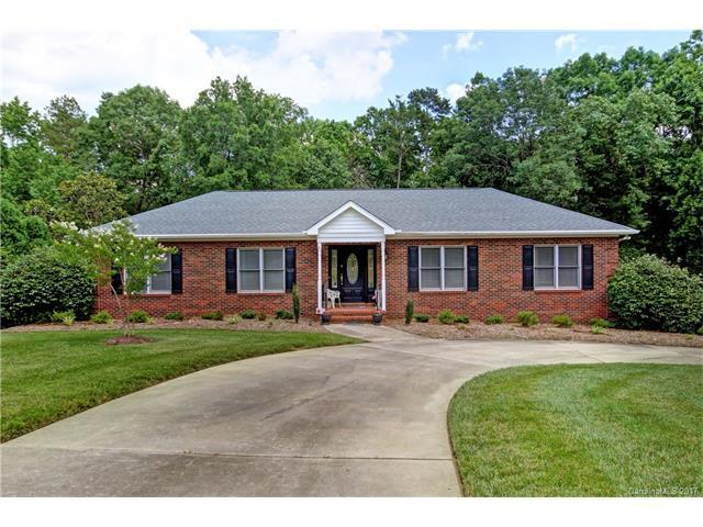 13 Pickett Avenue, Spencer, NC 28159 (#3292057) :: LePage Johnson Realty Group, Inc.