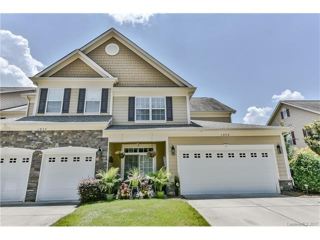 1052 Silver Gull Drive -, Tega Cay, SC 29708 (#3292176) :: Miller Realty Group