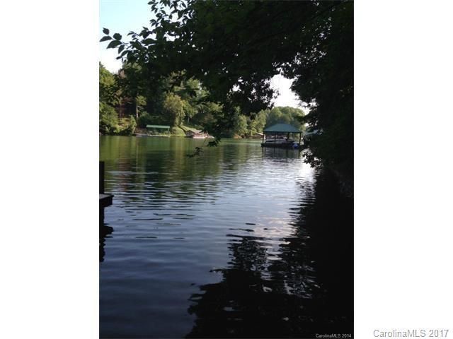 129 River Ridge Lane, Statesville, NC 28677 (#3292364) :: LePage Johnson Realty Group, Inc.