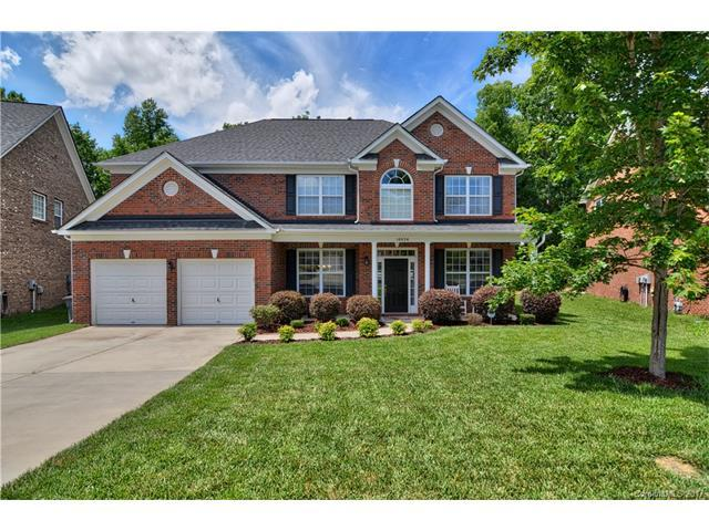 10824 Clark Street, Davidson, NC 28036 (#3292500) :: The Andy Bovender Team