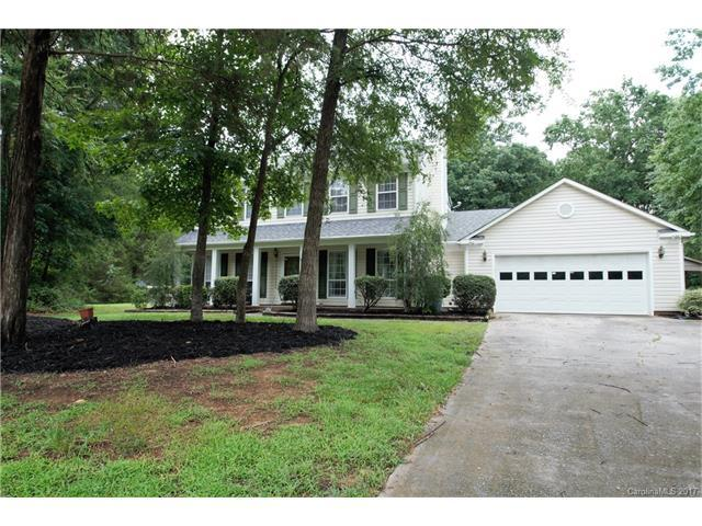 8008 Hunley Ridge Drive, Matthews, NC 28104 (#3292960) :: The Ann Rudd Group