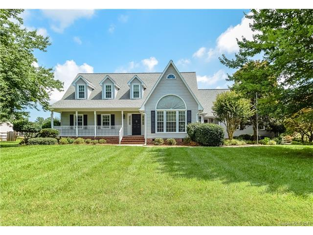 157 Turnberry Lane, Mooresville, NC 28117 (#3293124) :: LePage Johnson Realty Group, Inc.