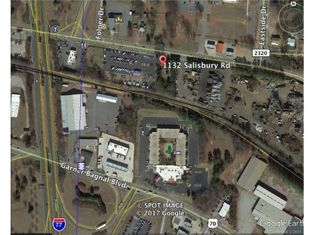 1132 Salisbury Road, Statesville, NC 28625 (#3293815) :: LePage Johnson Realty Group, Inc.