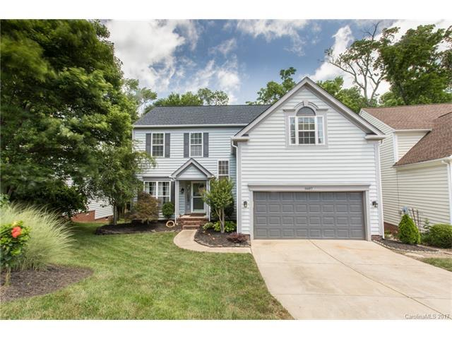 6607 Harburn Forest Drive, Charlotte, NC 28269 (#3294003) :: LePage Johnson Realty Group, Inc.