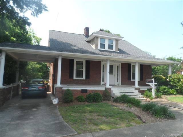111 Oak Grove Street, Kannapolis, NC 28081 (#3294059) :: Team Honeycutt