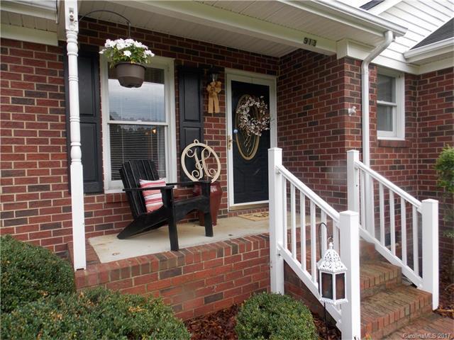 913 Secrest Hill Drive, Monroe, NC 28110 (#3294460) :: Cloninger Properties