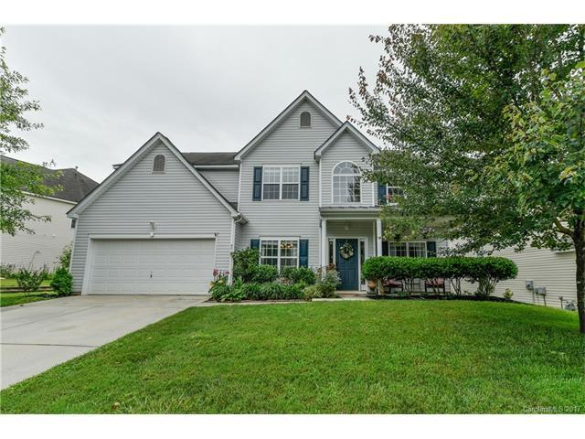 5717 Parkstone Drive, Matthews, NC 28104 (#3294487) :: Leigh Brown and Associates with RE/MAX Executive Realty