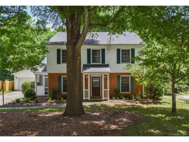 11421 Painted Tree Road, Charlotte, NC 28226 (#3295065) :: Premier Sotheby's International Realty