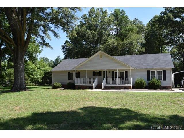 1553 Falls Road, Rock Hill, SC 29730 (#3295331) :: SearchCharlotte.com