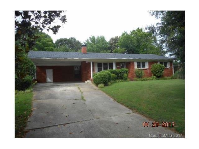 1652 Woolie Road, Lincolnton, NC 28092 (#3295333) :: SearchCharlotte.com
