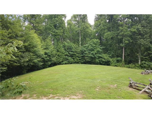 568 Solomon Circle #13, Hendersonville, NC 28739 (#3295335) :: LePage Johnson Realty Group, LLC