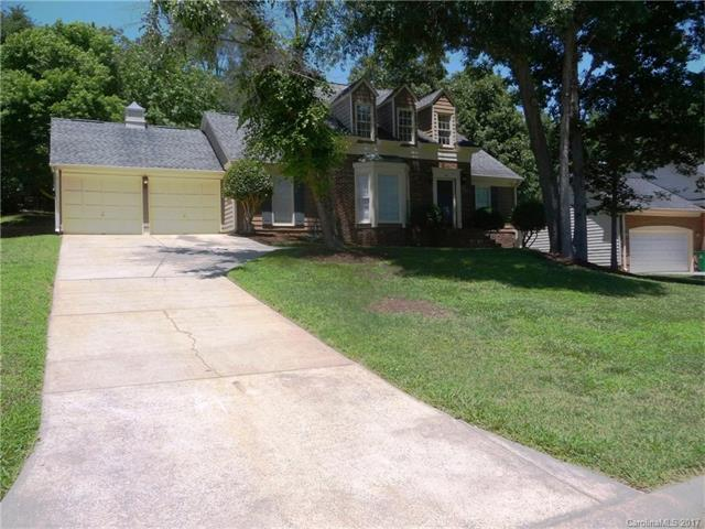 807 Grays Creek Lane, Charlotte, NC 28214 (#3296382) :: The Andy Bovender Team