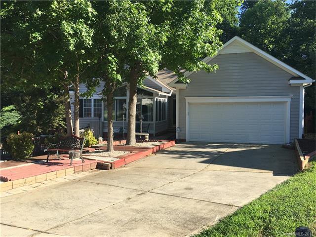 14200 Greenstone Court #4, Pineville, NC 28134 (#3298204) :: Puma & Associates Realty Inc.