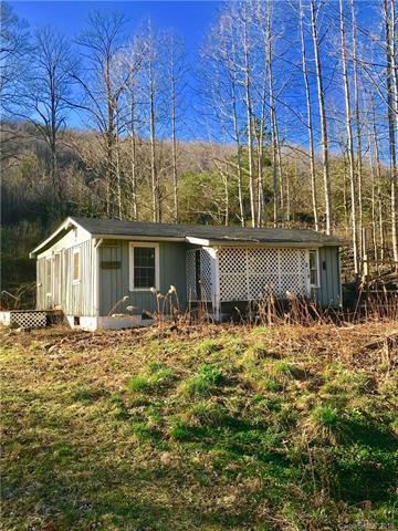 268 Black Oak Cove Road, Candler, NC 28715 (#3299020) :: Keller Williams Biltmore Village