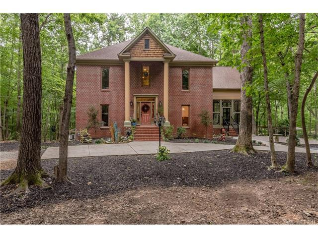 6760 Tree Hill Road, Matthews, NC 28104 (#3300391) :: Pridemore Properties