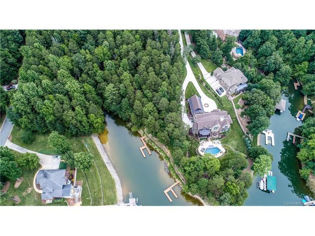 154 Fox Hunt Drive, Mooresville, NC 28117 (#3300928) :: Phoenix Realty of the Carolinas, LLC