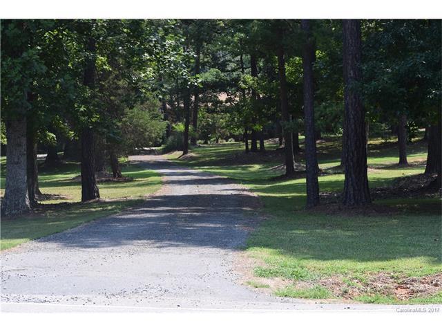 400 Bethel School Road, Clover, SC 29710 (#3301714) :: Rinehart Realty