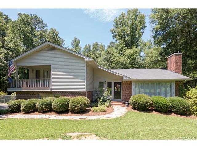1086 W Manor Drive, Lancaster, SC 29720 (#3301923) :: Scarlett Real Estate