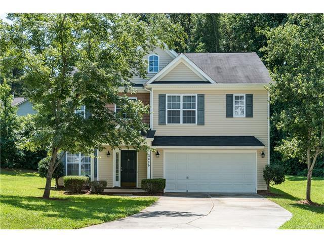 3406 Ann Franklin Court, Charlotte, NC 28216 (#3301991) :: Lodestone Real Estate