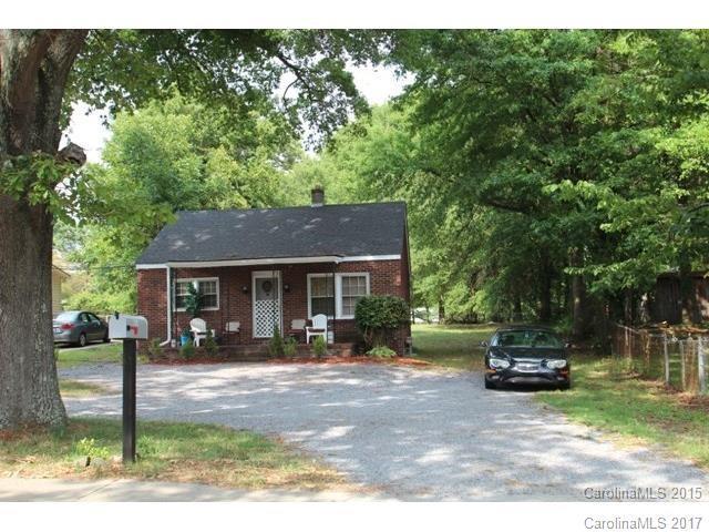1604 Davidson Avenue, Gastonia, NC 28052 (#3302306) :: Exit Mountain Realty