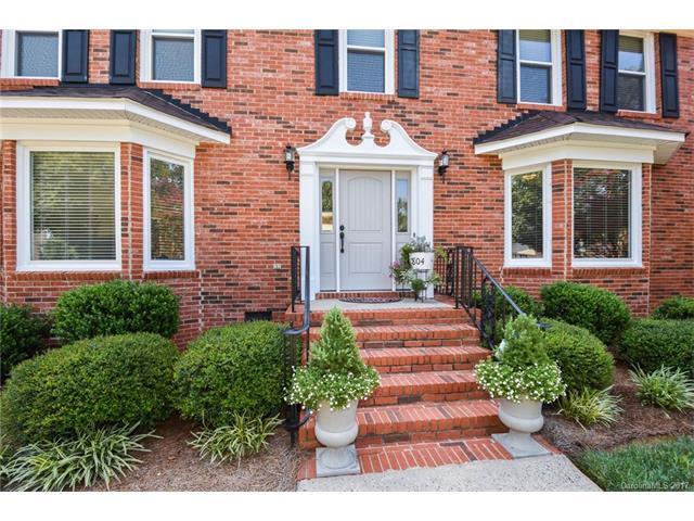 804 Balsam Terrace, Charlotte, NC 28214 (#3302786) :: Puma & Associates Realty Inc.